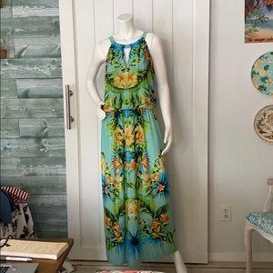 Avenue Tropical Floral Maxi dress size 14/16